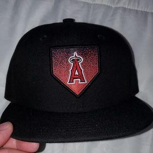 Los Angeles Angels Kids Snapback Hat!